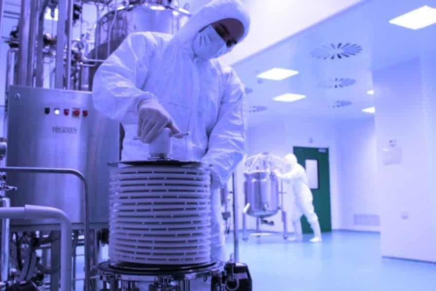 Artificial Intelligence: the best medicine for French pharmaceutical industries